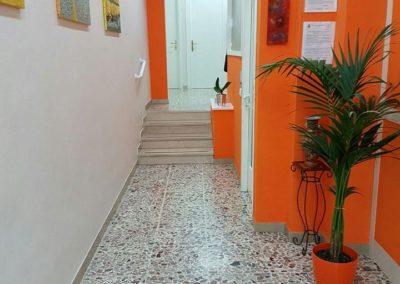 corridoio-2-studio-centro-salute-medico-dentistico